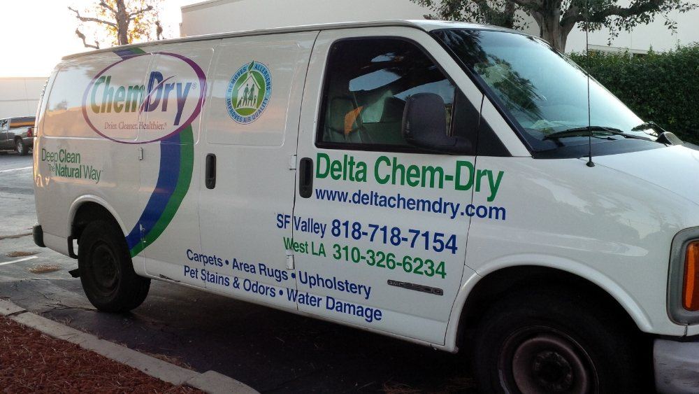 delta chem dry carpet cleaning van